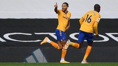 Everton se repone y derrota al Fulham