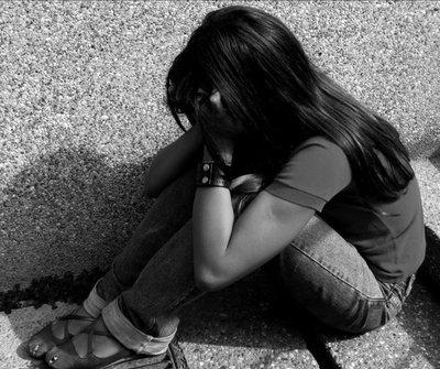 Imputan a madre que supuestamente golpeaba y maltrataba psicológicamente a su hija menor