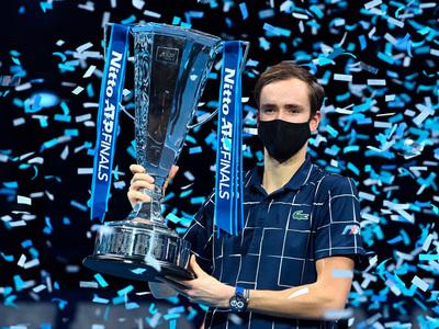 Daniil Medvedev gana la Copa de Maestros 2020