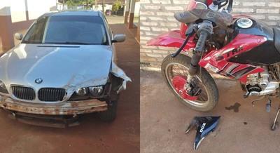 MA. AUXILIADORA: IMPACTO ENTRE UN AUTOMÓVIL Y UNA MOTOCICLETA