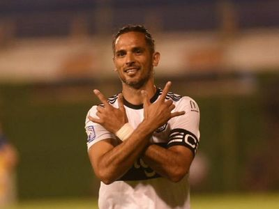 Roque Santa Cruz, un gol cada 63 minutos a los 39 años