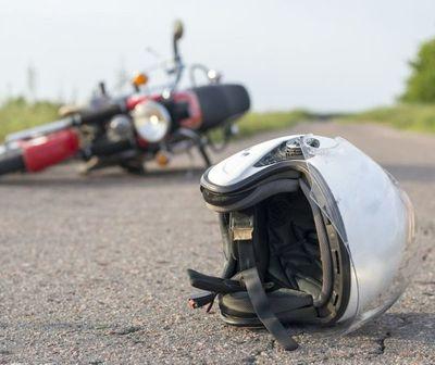Accidente durante carrera clandestina deja a un joven herido