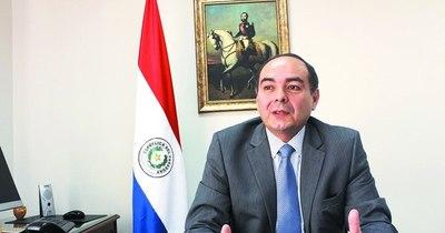 La Nación / Ejecutivo solicita acuerdo para designar al excanciller Rivas Palacios ante Chile