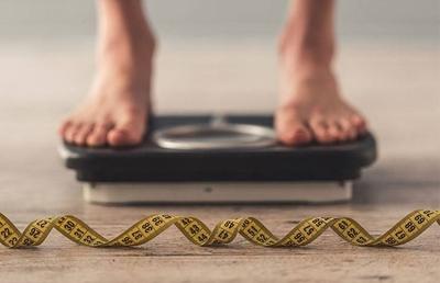 HOY / Mala nutrición y obesidad guardan estrecha relación con la pobreza, afirma médico