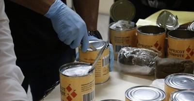 La Nación / Alerta aeropuerto Paraguay: detectan drogas en libros de cuentos y latas de duraznos