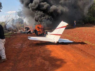 Confirman que avioneta incinerada contenía sustancias ilegales