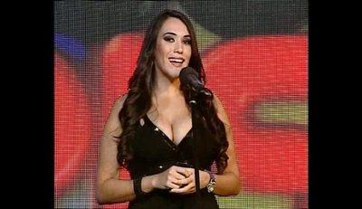Shakira, Amaia Montero y otras  estrellas cada vez cantan igual que Silvia Flores