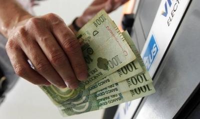 HOY / Funcionarios públicos empezarán a cobrar salarios y aguinaldos a partir del 14 de diciembre