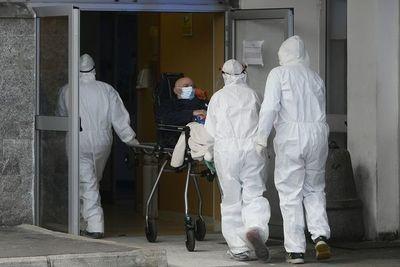 Reportan 596 nuevos contagios y ocho muertos, en un escenario de repunte de casos