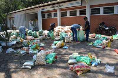 Gobierno inicia distribución de alimentos a más de 1000 pescadores de Misiones y San Cosme