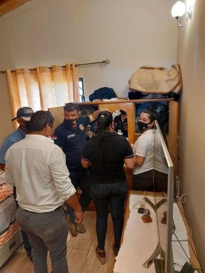 Allanan vivienda del intendente de Acahay y tesorero municipal por el caso de proveedoras fantasmas