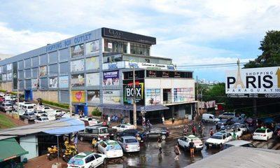Locatarios de Shopping Box denuncian que pretenden forzarles a pagos ilegales