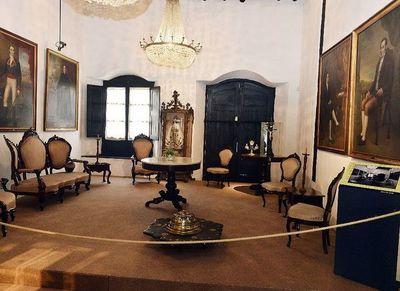 Ofrecen visitas virtuales a museos