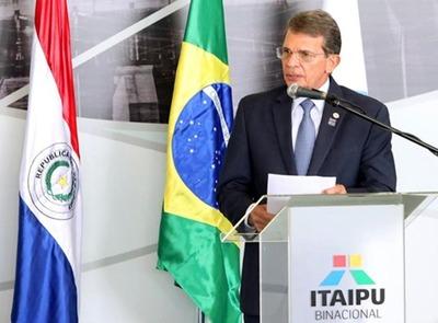 Homenajean a DIRECTOR brasileño de la ITAIPU por ejecutar OBRAS por US$ 200 millones