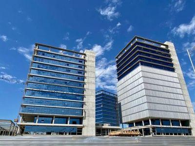 Torres para oficinas del Gobierno presentan 75% de avance en la zona del Puerto de Asunción