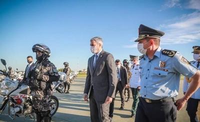 HOY / Policía Nacional se equipa con 47 motocicletas paraguayas
