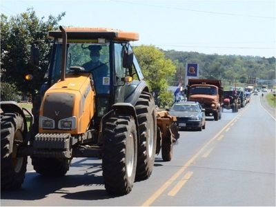 Productores se trasladan hasta la Capital para realizar una gran movilización