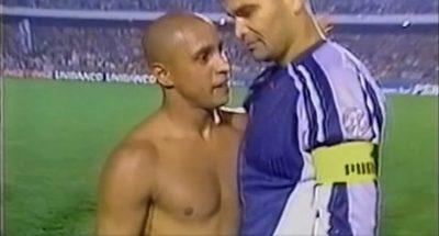 Roberto Carlos vs Chilavert: un cruce a boca armada