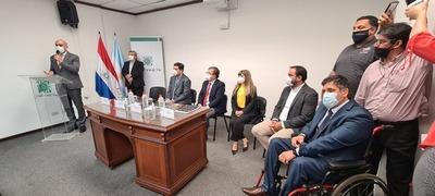 """Gobierno lanzó """"II Jornada Ñemyatyro Paraguay"""" de cirugías reconstructivas gratuitas"""