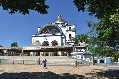Caacupé: podrían colocar vallados a 500 metros alrededor de la basílica