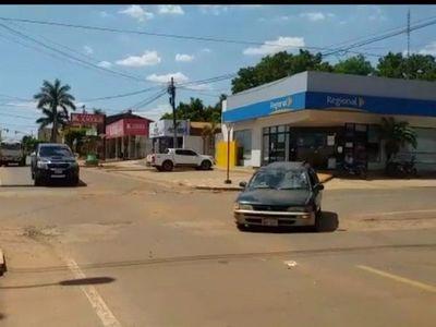 Mujer sufre millonario asalto a metros de un banco en Curuguaty
