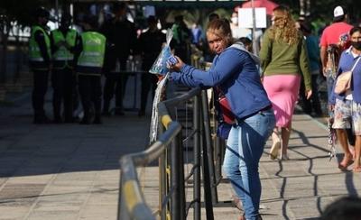 """HOY / A fieles """"les cuesta"""" no ir a Caacupé y vendedores se oponen a disposiciones, dice monseñor"""