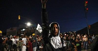 """La Nación / La ONU condena el """"racismo estructural"""" en Brasil tras el asesinato de un hombre negro"""