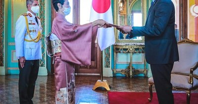 La Nación / Embajadores de Gran Bretaña, Japón y Francia inician funciones en el país