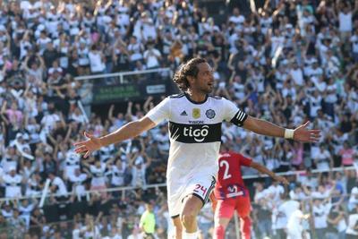 """""""Un año de uno de los mejores partidos de mi carrera"""", Roque recordó los cuatro goles ante Cerro"""