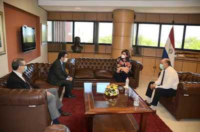 Proyectos sociales serán fundamentales para la recuperación económica, según ministro de Hacienda