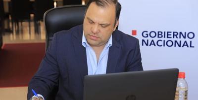 Ministro analizó gestión social en la pandemia y perspectiva económica