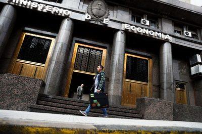 Argentina acudirá otra vez este jueves al mercado local de deuda