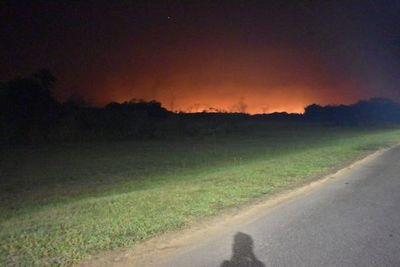 Incendio en Brazo Aña Cua de Yacyretá