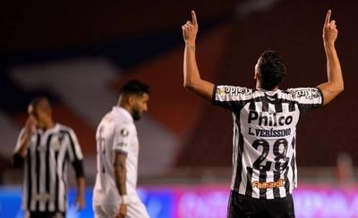 HOY / Santos aprovecha fragilidad de Liga y se acerca a los cuartos de final