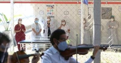 """HOY / Manifestación de médicos del Ineram: """"Estamos cansados, hay desmadre afuera"""""""