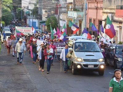 Campesinos se movilizan para presionar por la sanción de transferencias