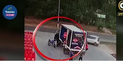 Motobandis asaltan empresa repartidora en Areguá