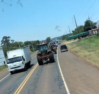 HOY / Tractorazo de productores se dirige a Asunción: tránsito cargado en Tres Bocas