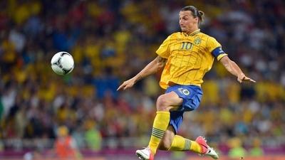 HOY / Ibrahimovic abre la puerta a un posible regreso a la selección sueca
