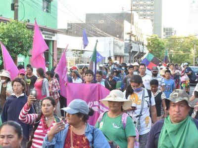 Presionada por movilizaciones, Diputados analiza transferencia a campesinos
