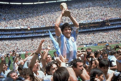 Maradona murió a raíz de un paro cardiarespiratorio en su casa