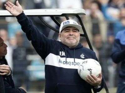 "Lugo sobre muerte de Maradona: ""Fidel decidió llevarte junto a él"""