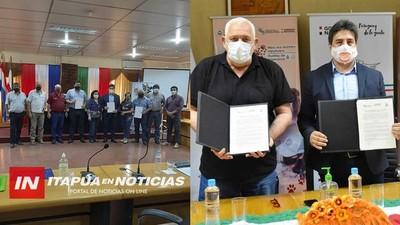 INTENDENTES Y GOBERNADOR SUSCRIBEN CONVENIO PARA DEFENSA ANIMAL.
