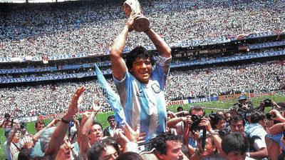 Muere Maradona, el máximo ídolo popular argentino, a los 60 años