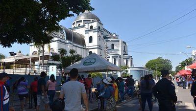 Caacupé: Cerrarán negocios que estén a tres cuadras de la Basílica y se anuncia subsidio para comerciantes