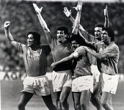 """""""Ciao Diego"""", el Nápoles se despide de su exjugador Maradona"""