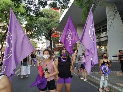 25N: Mujeres elevaron voces ante mayor vulneración de derechos por pandemia