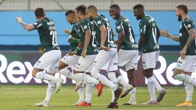 Capitaneado por Gómez, Palmeiras ya 'acaricia' los cuartos de final
