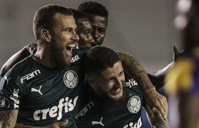 Palmeiras gana en casa del Delfín