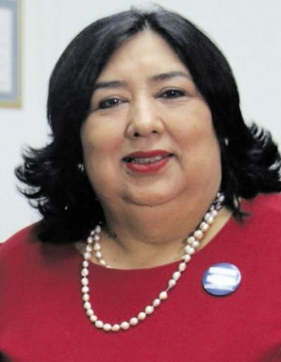 Diputados piden interpelar a la ministra de la Niñez